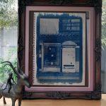 青写真をつかってアンティークな額縁をご制作なさったお客様のお写真(兵庫県西宮市M様)