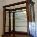 キュリオケースのディスプレイ棚の割れ替えをフロートガラスでお作りになられたお客様(神奈川県横浜市I様)