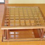 掘り炬燵用のテーブルの天板に強化ガラスをセットされたお客様