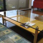 ガラス天板のテーブルを設置したお客様