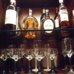 お酒を収納するガラス棚とテーブルの天板に置く強化ガラスをご注文になられたお客様