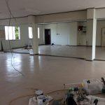 [施工]ダンススタジオで大判のミラーを設置