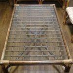 ローテーブル(籐製)のガラス天板が割れたために入れ替えを行ったお客様