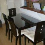 ダイニングテーブルの天板に傷、汚れ防止のため強化フロートガラスを置かれたお客様