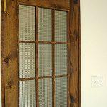 木目調の室内ドアにチェッカーガラスを入れたお客様