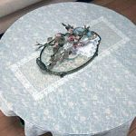 円形テーブルに強化フロートガラスをセットしたお客様