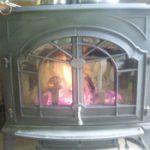 薪ストーブの覘き窓に耐熱ガラスを使用したお客様