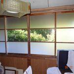 木造住宅の窓のガラスをすりガラスに交換したお客様