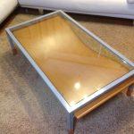 おしゃれなデザイン性のあるテーブルに強化ガラスを置かれたお客様(奈良県生駒市H様)