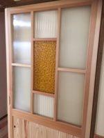 木枠のガラス扉にデザインガラスを使用したお客様(山形県山形市K様)