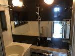 [施工]横長の大きな浴室ミラーを張り替え(大阪府八尾市N様)