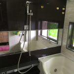 [施工]横長の浴室ミラーを新しい鏡に交換設置(大阪市鶴見区T様)